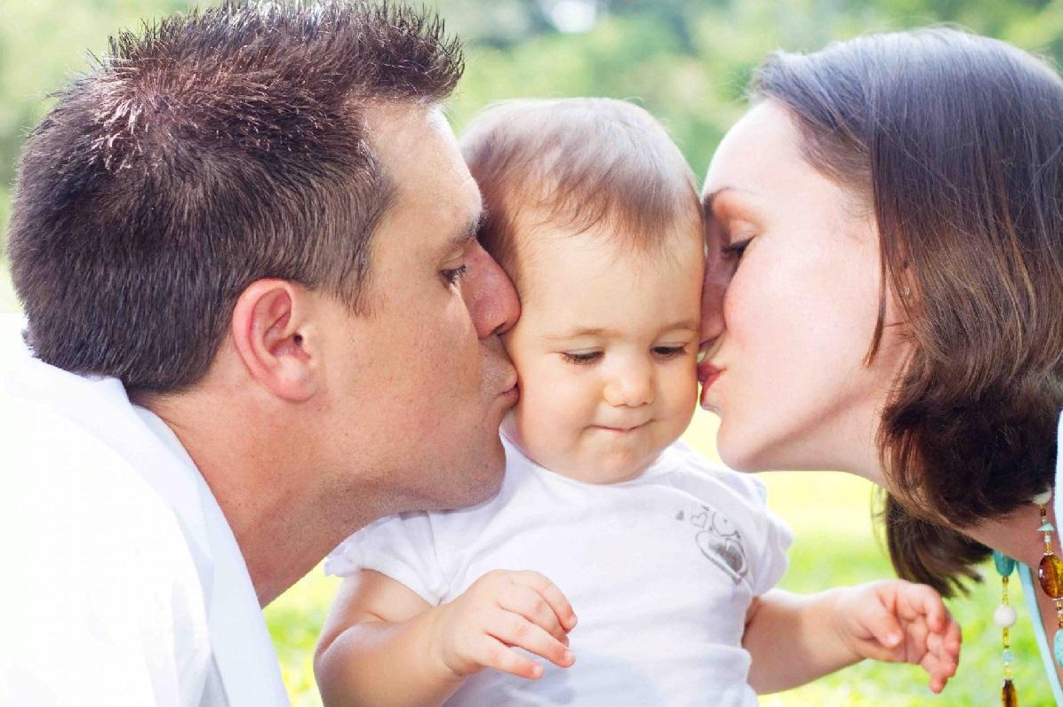 Дети, рожденные от суррогатных матерей